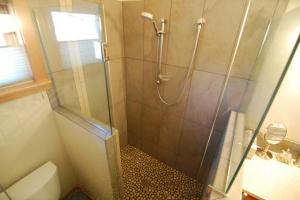 Martha's ADU Shower