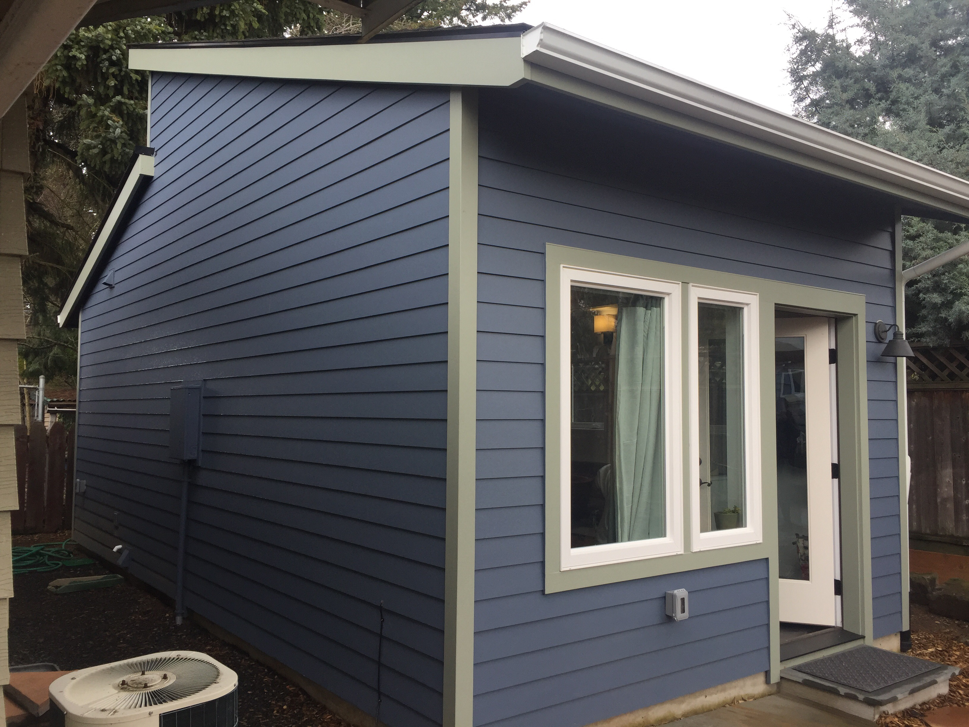 Build small live large portland s accessory dwelling for Adu garage plans