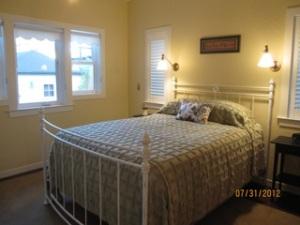 Cheryl Levie ADU Bedroom