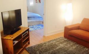 Hayden ADU Living & Bedroom