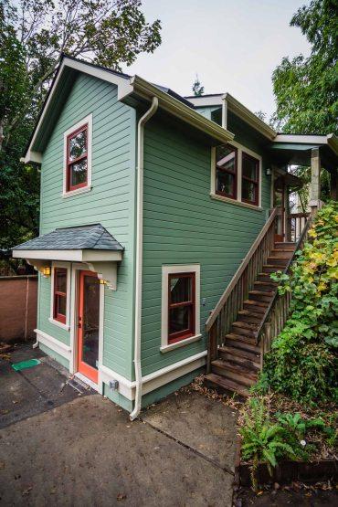 Barbara Gundle\u0027s ADU: A 2-Story Garage Conversion & Barbara Gundle\u0027s ADU: A 2-Story Garage Conversion | Accessory Dwellings