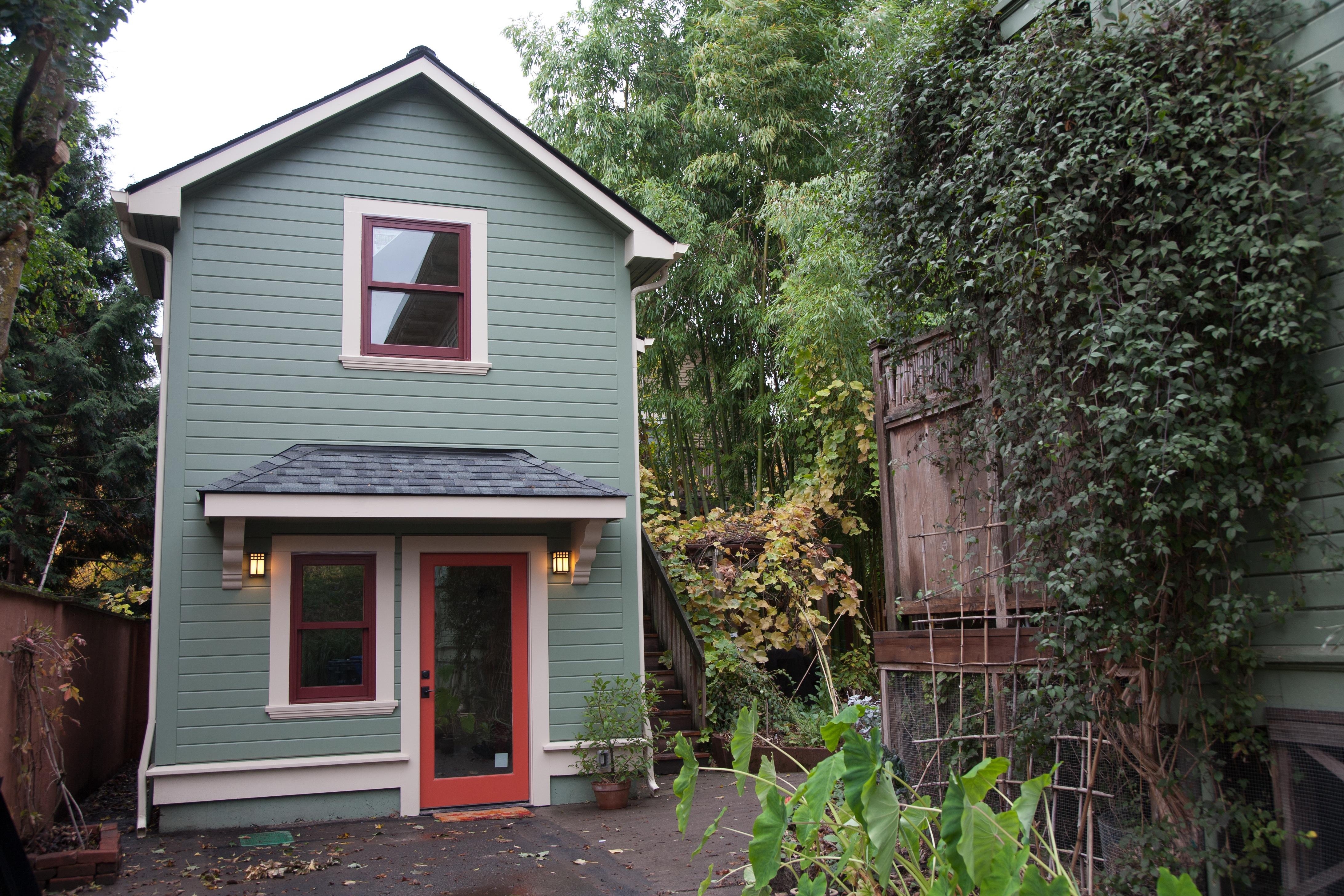 Gundle ADU & Barbara Gundle\u0027s ADU: A 2-Story Garage Conversion | Accessory Dwellings