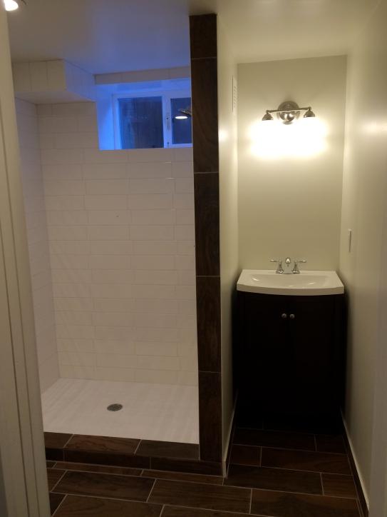 UDU Design ADU 1 Shower & Sink