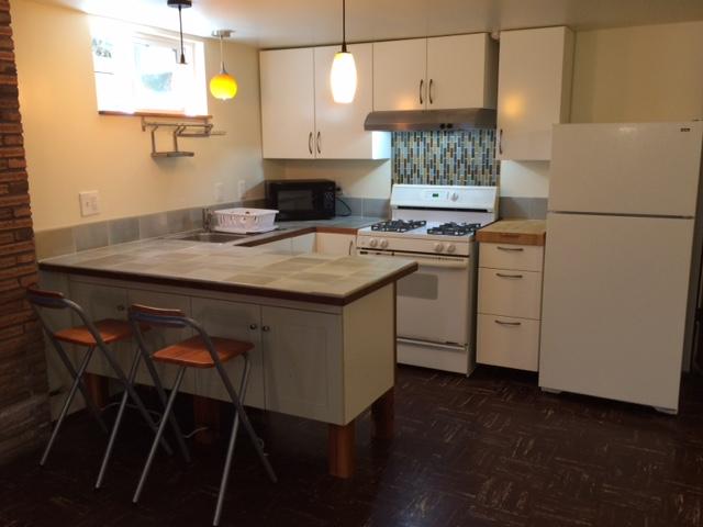 Udu design adu 2 kitchen accessory dwellings for Adu designs