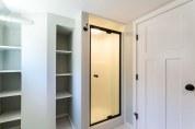 Xenelis-Mendoza ADU Shower & Bathroom Storage