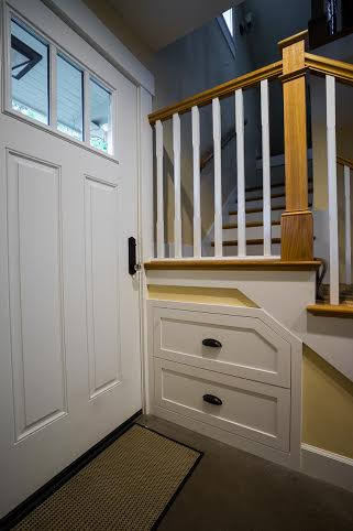 The Snyder-Ellenz ADU has drawers in the stairs und the entryway